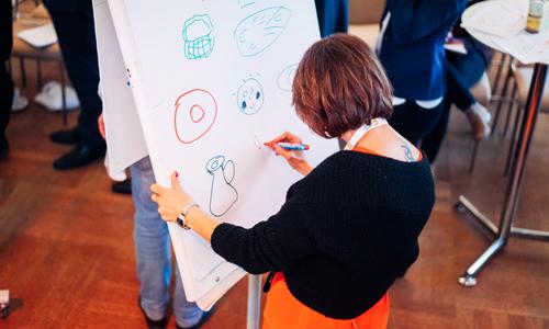 Mit kleinen Energizer Spielen Kreativität fördern